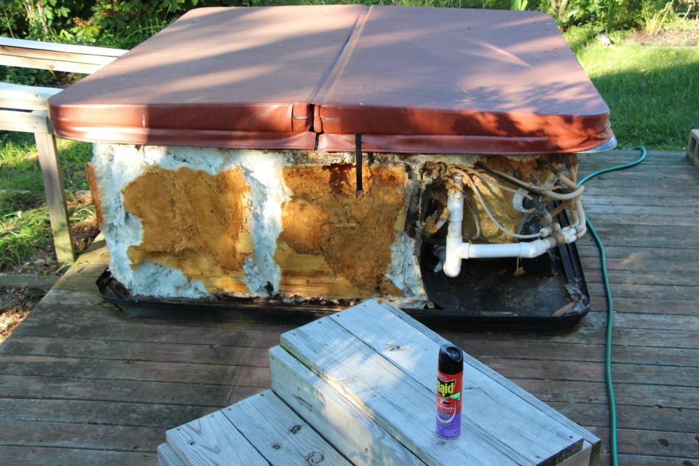 Rebuilding the hot tub, part 1.. (1/6)